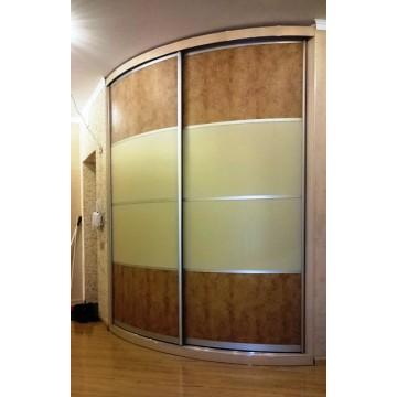Радиусный шкаф-купе на заказ Oracal